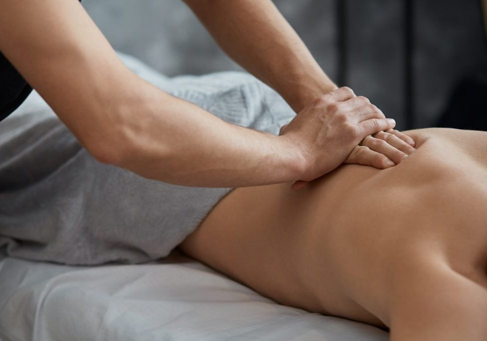 What is a holistic massage and what are the benefits?